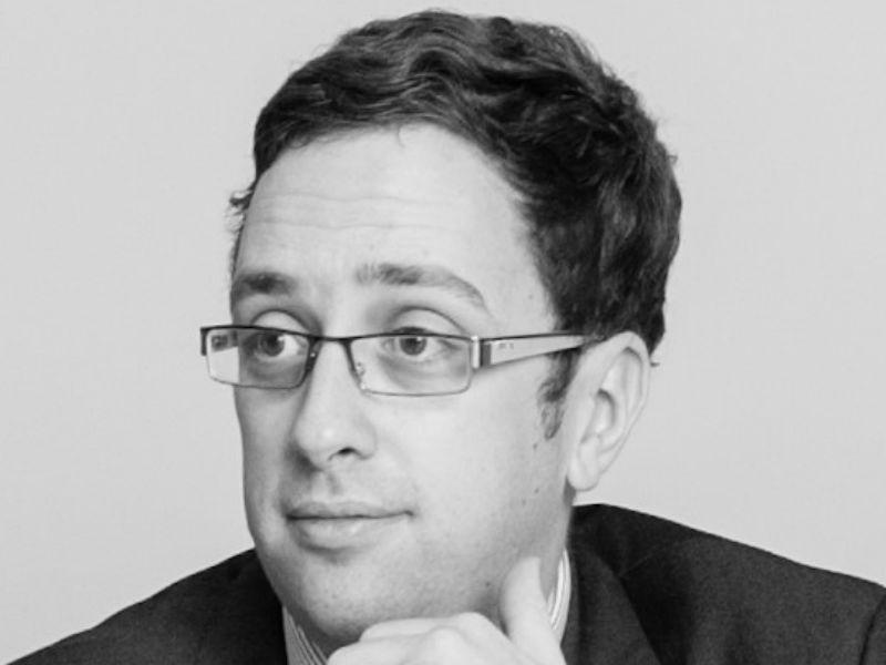 Daniel Moles - Associate